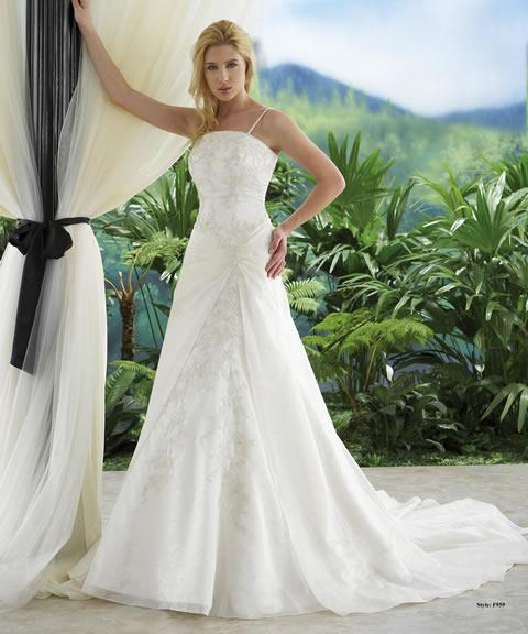 mercanovia presenta vestidos de novia económicos | bodaestilo