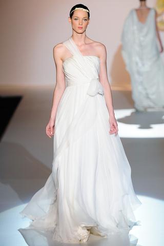 vestidos de novia jesus del pozo | bodaestilo
