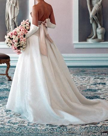 vestidos rosa y coral para la boda | bodaestilo